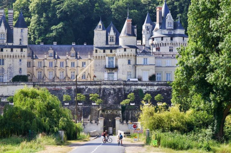 Cycling in Le Pays des Chateaux