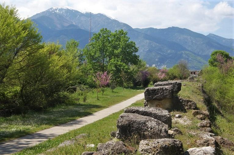 walking route northern greece